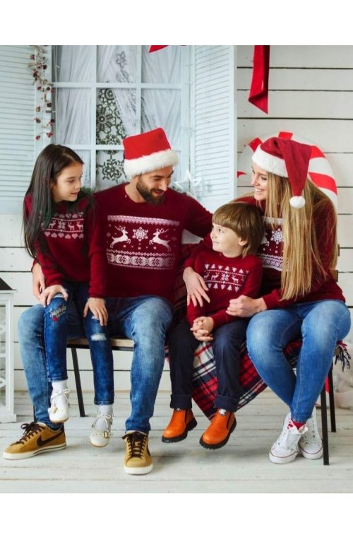 """Свитер с оленями - """"Рождественская семейная коллекция свитшотов"""""""