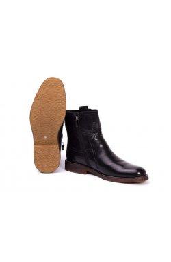 Ботинки мужские. Цвет черный.