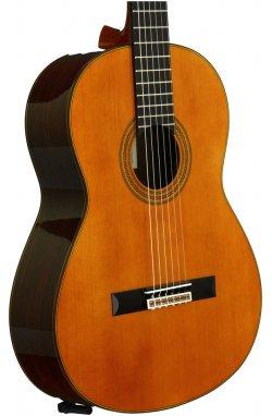 Классическая гитара YAMAHA GC32C