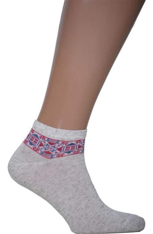 Носки с вышивкой N06